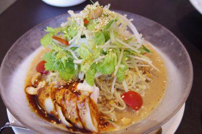 蓮花茶廊の汁なし担々麺